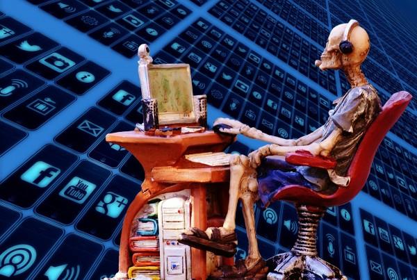 computer-searches-1158303_1920